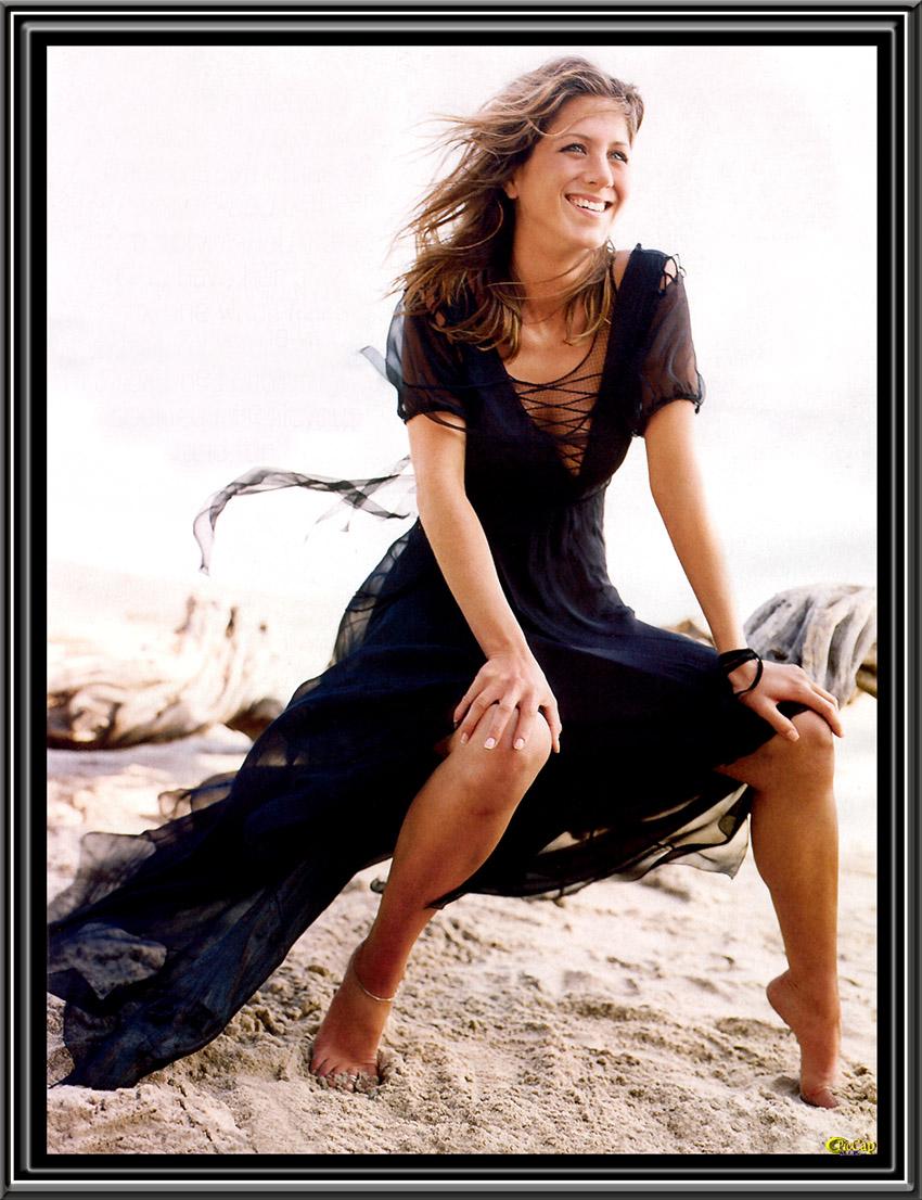 301 moved permanently - Jennifer aniston barefoot ...